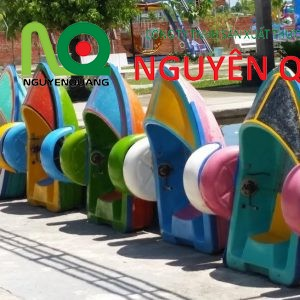 01-thuyen-cheo-nuoc