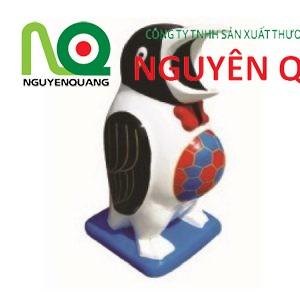 10 - thùng rác chim cánh cụt
